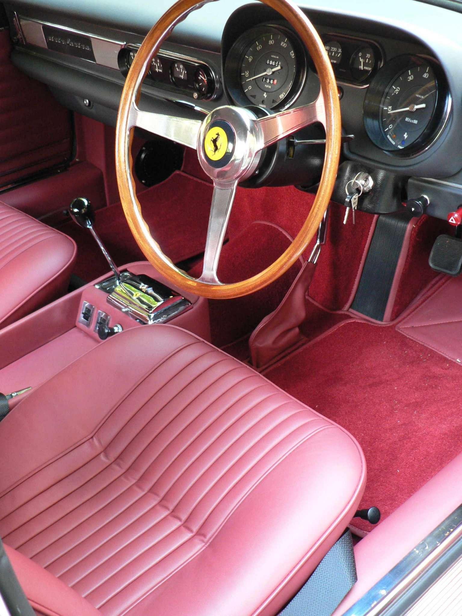 Ferrari 275 GTS - Különleges